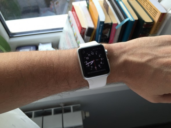 Pareri despre Apple Watch, primul ceas Apple a ajuns in Romania